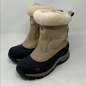 The North Face Insulated Boots 7.5